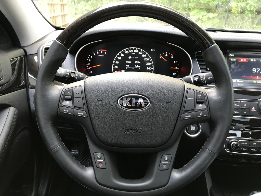 2016 Kia Cadenza