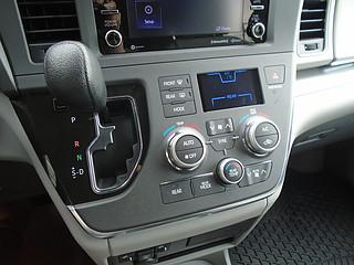 2018 Toyota DEMO Sienna